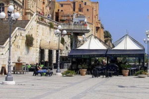 Read more about the article Nightlife in Cagliari – The Top 4 Bars in Cagliari, Sardinia